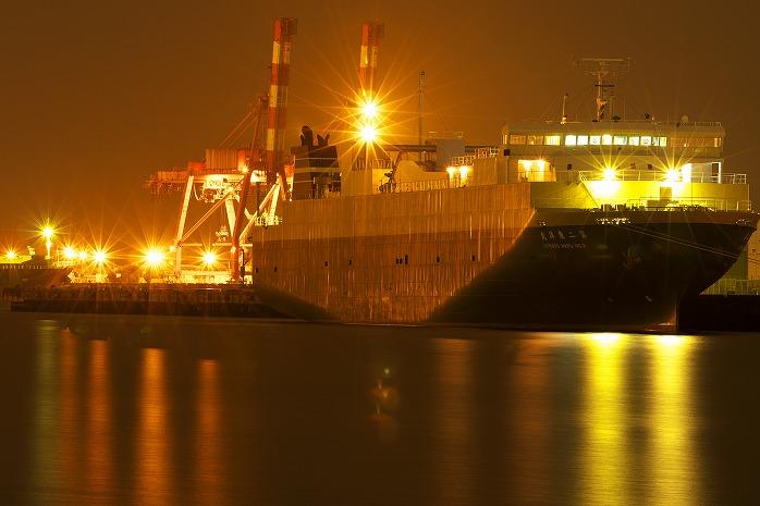 夜中の千葉港で地獄の業火を見る