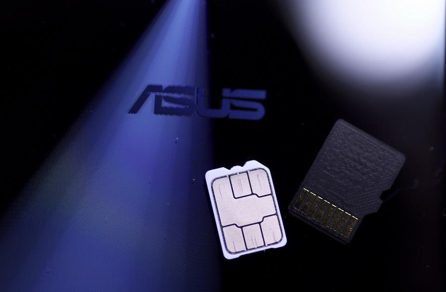 明けまして、SIMカード交換おめでとうございます