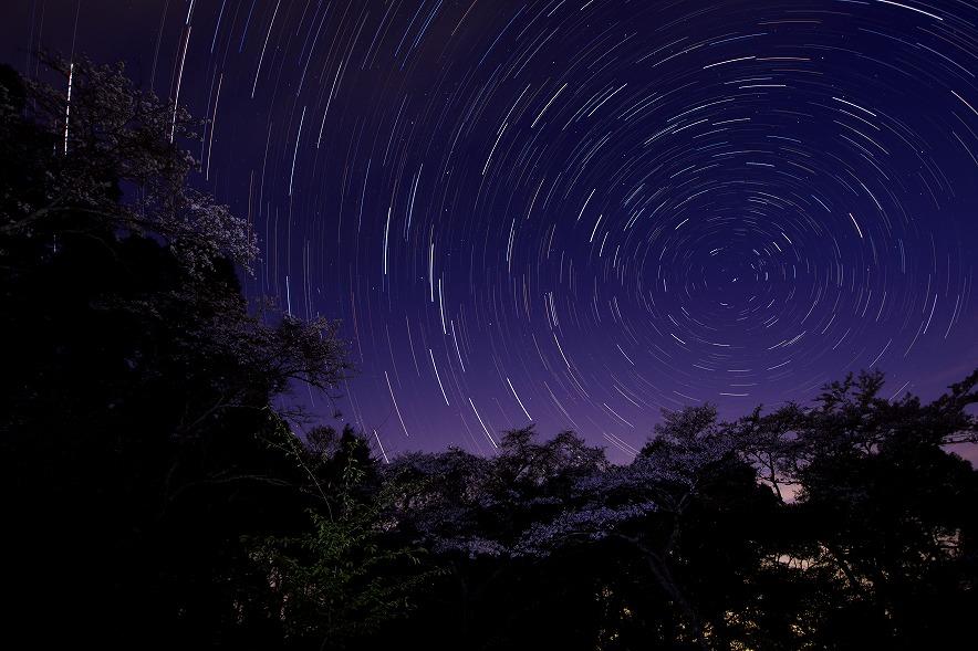 深夜の野見金公園でグルグルと